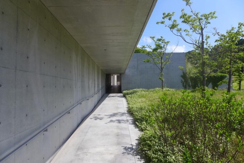 Benesse House hallway2