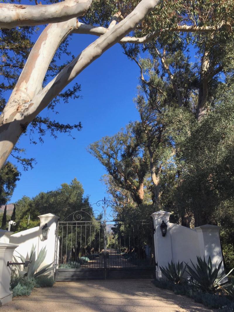 Montecito gate9