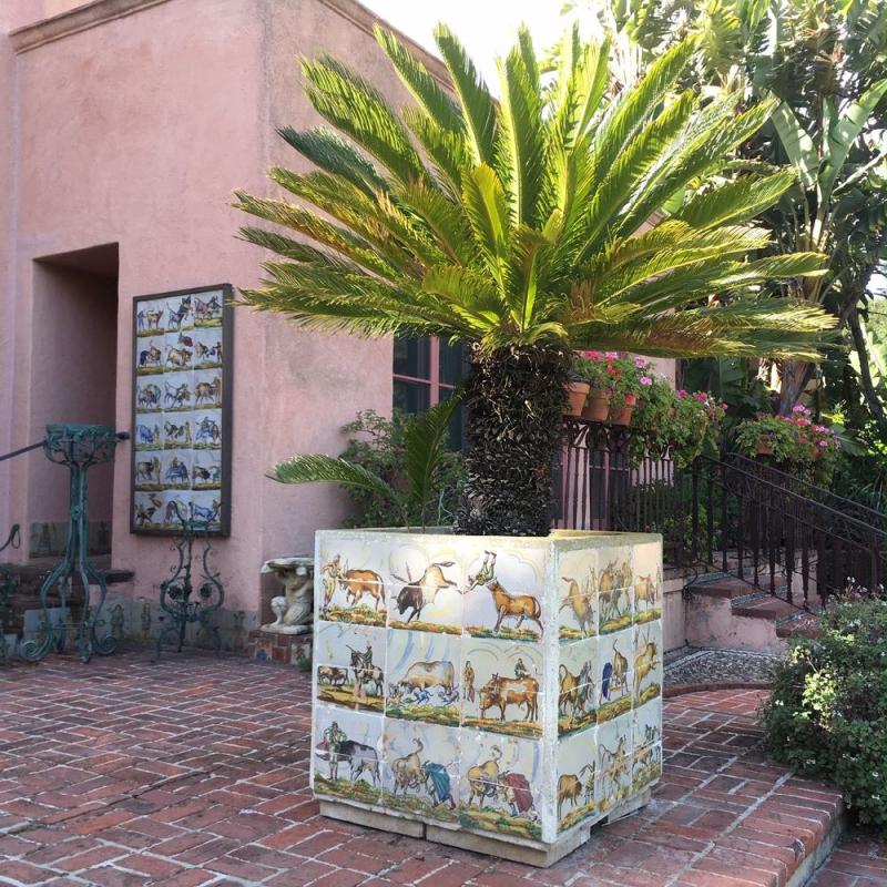 Lotusland planter