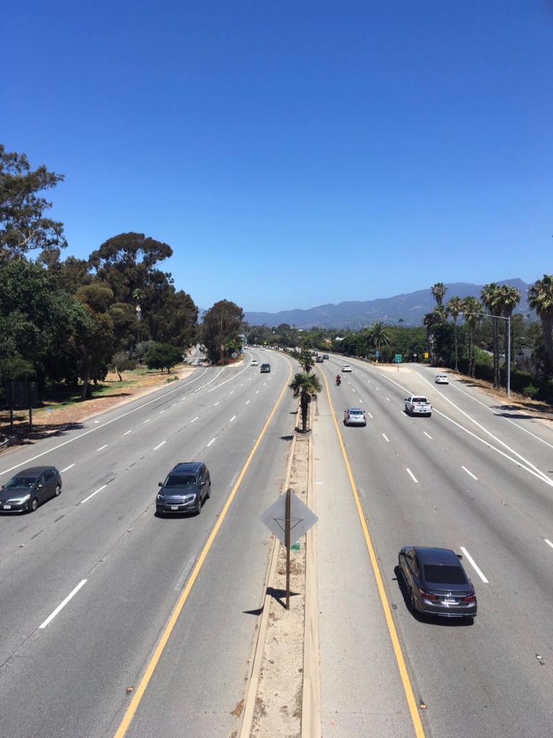 Highway 101 from Ortega pedestrian overpass