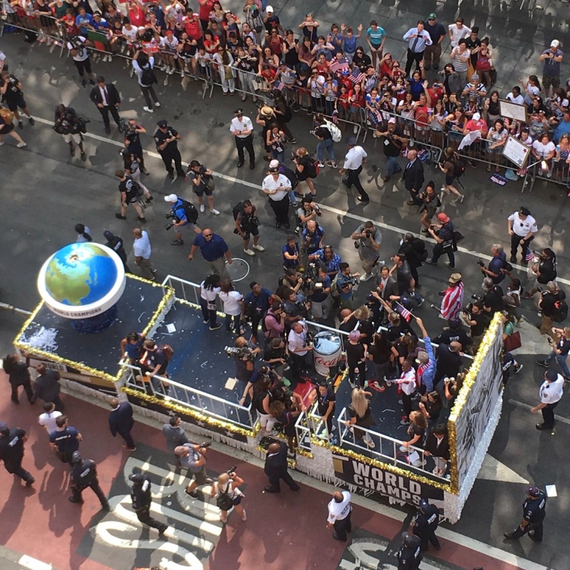 World Cup womens team parade2 2019