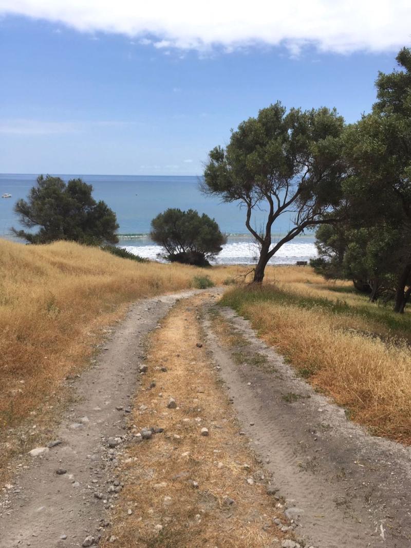 Santa Cruz Island walking toward Smugglers Cove8