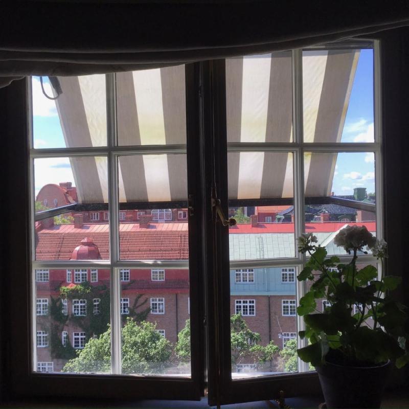 Ett Hem window