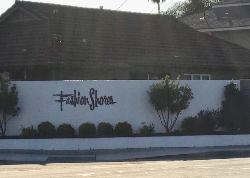 Fashion Shores Huntington Beach