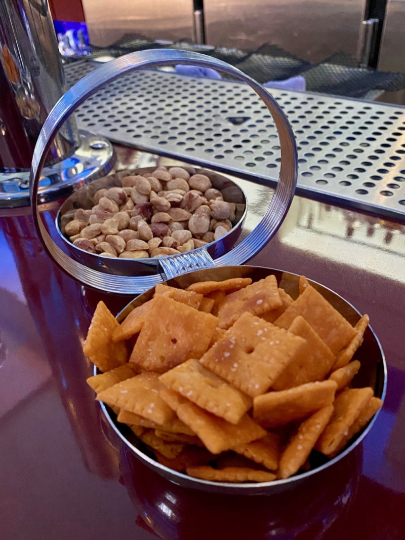 Cheez-its at Stookeys Club Moderne